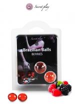 2 Brazillian balls - baies rouges : La chaleur du corps transforme la brazilian ball en liquide glissant au parfum de baies rouges, votre imagination s'en trouve exacerbée.